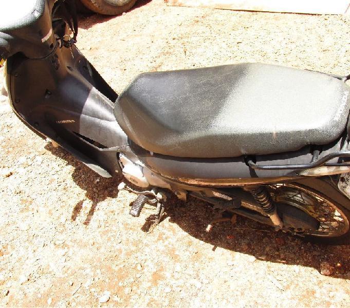 Honda Biz 125 es ano 2010 em otimo estado