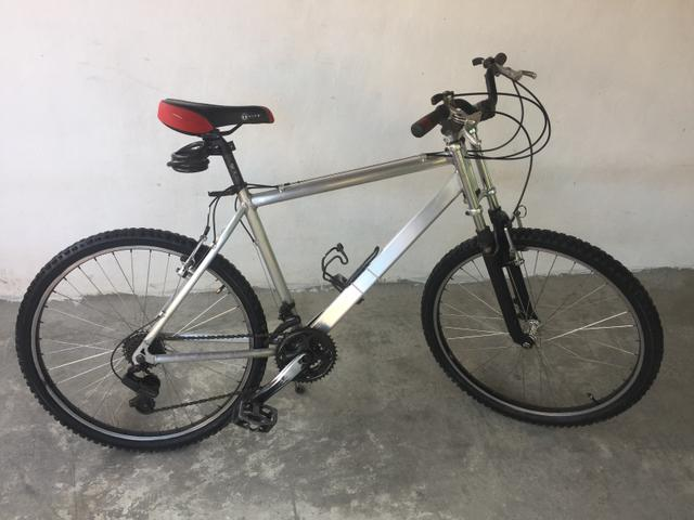 Bicicleta Caloi Mountain Bike Alumínio