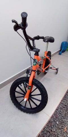 Vende bicicleta infantil