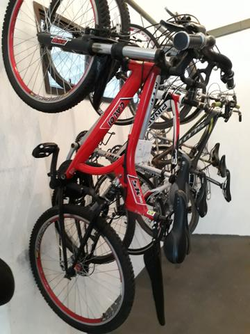 Vendo ou Troco linda Bike Caloi 21v. Execelente estado. Vale