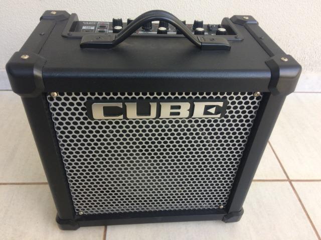 Amplificador Cubo para Guitarra Roland Cube 20GX