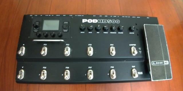 Pedaleira Line6 Pod HD 500