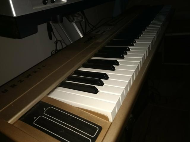 Stage piano 76 kurzweil em estado de novo 5x s juros