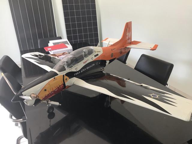 Aeromodelo DNA novo