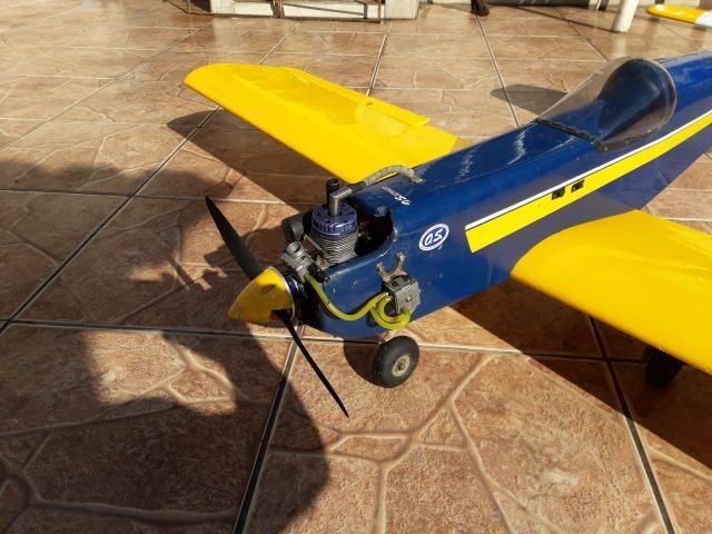 Aeromodelo four star motor gasolina de posto ngh 9gt servos
