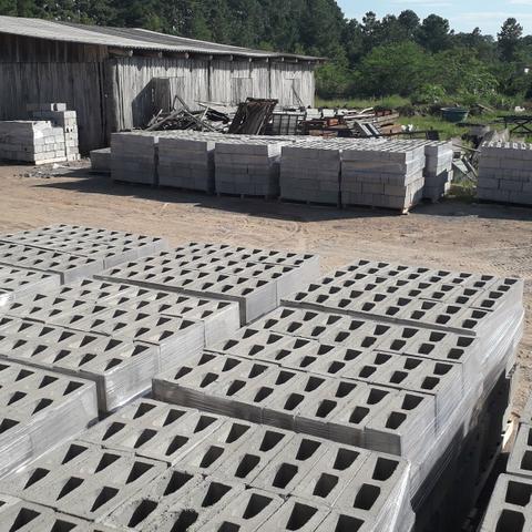 Blocos de concreto direto de fabrica Fone