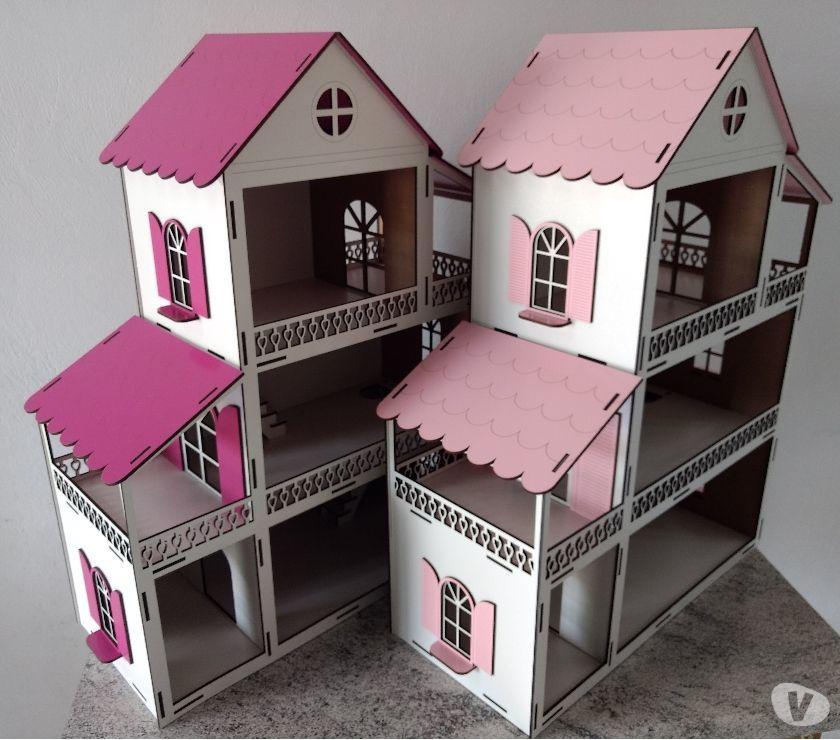 Casinha para boneca Polly tamanho 60x45