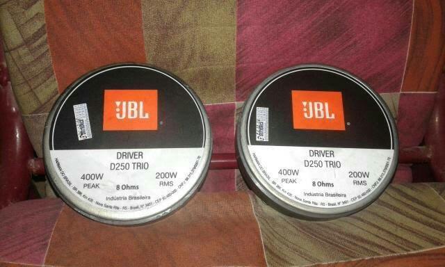 Corneta d250 trio jbl venda ou troco em celular