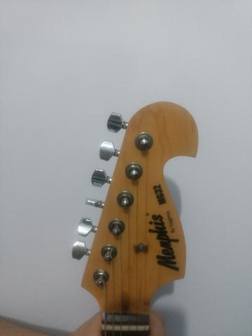 Guitarra Memphis MG32 + Pedaleira Zoom 606
