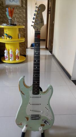 Guitarra Squier fender toda regulada e revisada