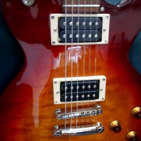 Manutenção de Guitarra violão Baixo