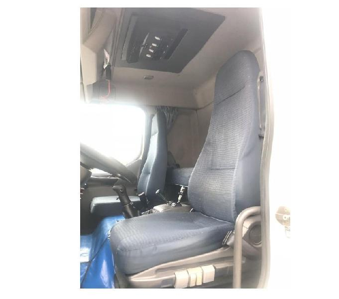 ATEGO 2425 1111 cab estendida trio Elétrico e climatizador