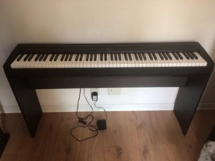 Piano Digital Yamaha Piano Digital - P 45 Yamaha + estante d