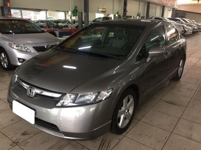 Honda Civic 1.8 lxs -