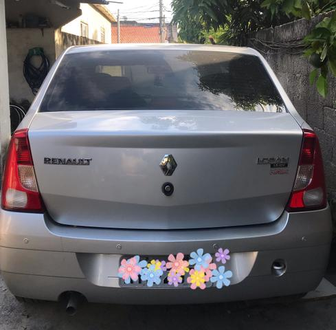Renault LOGAN Privilège Hi-Flex V 4p -