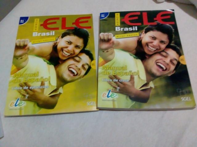 Livro de espanhol ELE BRASIL - usado no curso do Celin da