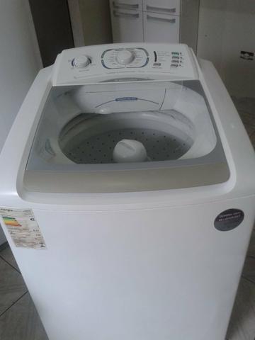 Máquina de lavar Electrolux 15k volts 110