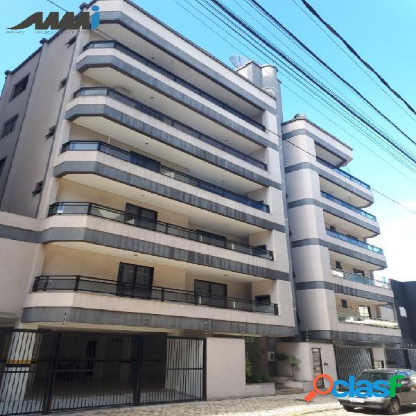 Apartamento com 03 dormitórios sendo 01 suíte - Itapema