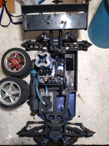 Automodelo buggy Himoto