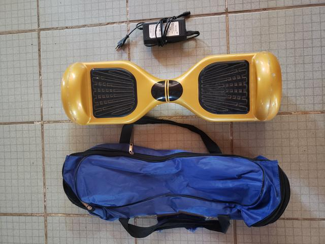 Hoverboard dourado top de linha!!