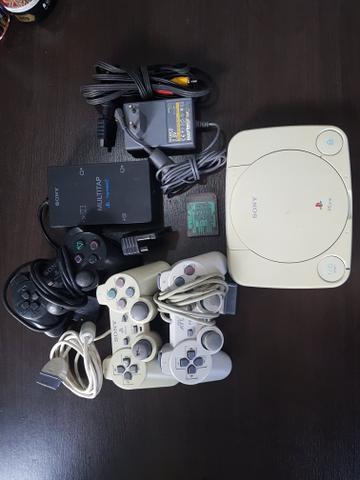 PlayStation 1 slim + acessórios