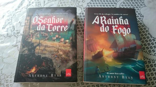 """Livros da Trilogia """"A Sombra do Corvo"""""""
