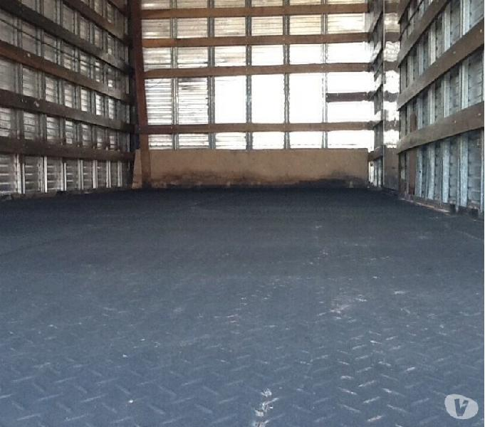 Vende ou troca caminhão Mercedes 1113 -ano77