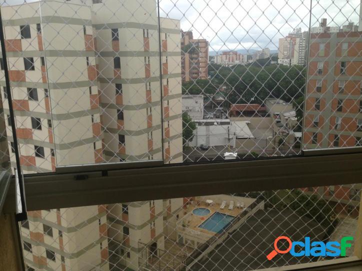 3 dormitórios,sendo 2 suítes - 2 vagas no Jardim Esplanada