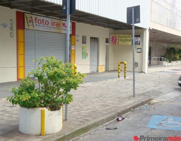 Alugo imóvel de  m² na rua Paraíba 340, cruzamento