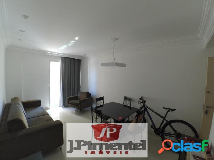 Apartamento com 3 dorms em Vitória - Praia do Canto por 350