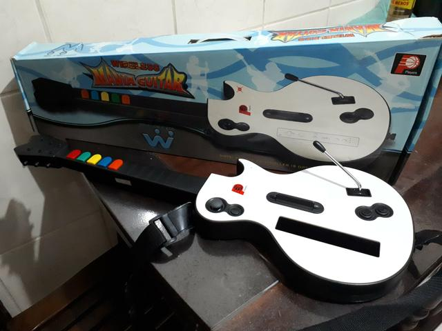 Mania Guitar Wireless Nintendo Wii