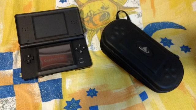 Nintendo DS Lite completo + Case de brinde