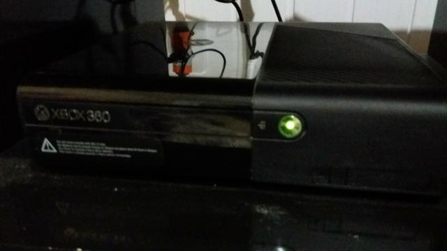 XBox 360 dois controles sem fio