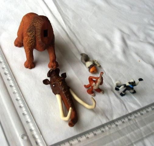 Colecionáveis - Lote 4 Miniaturas Em Borracha - Era Do Gelo