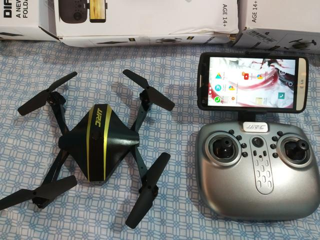 Drone h44 com camera hd novo