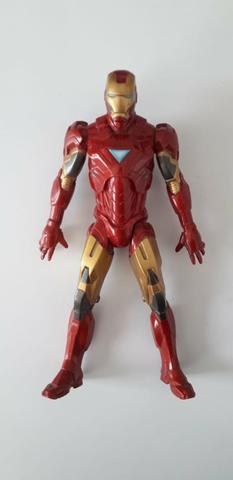 Homem de ferro boneco