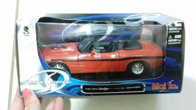 Miniatura Carro Maisto Dodge Challenger