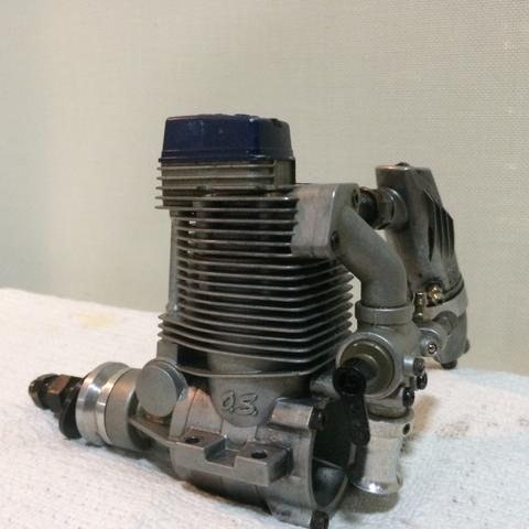 Vendo Motor O.S 82 4 tempos