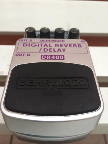 Pedal Behringer DR400 Digital Reverb/Delay