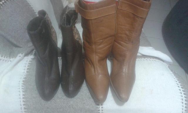 Vendo 2 pares de bota usados