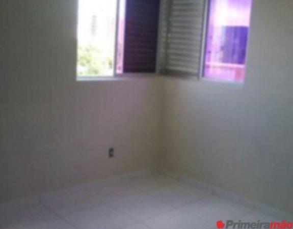 Vendo apartamento com 3 dormitórios, 1 vaga em Lagoa Nova