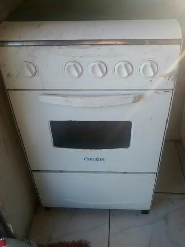Vendo fogão por 60 reis nao e eletrônico mais funcionando