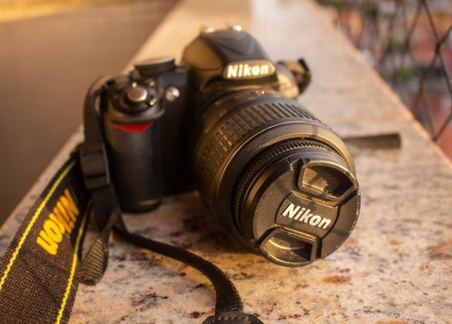 Câmera nikon d + lente mm