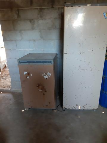 Vendo frigobar e geladeiras