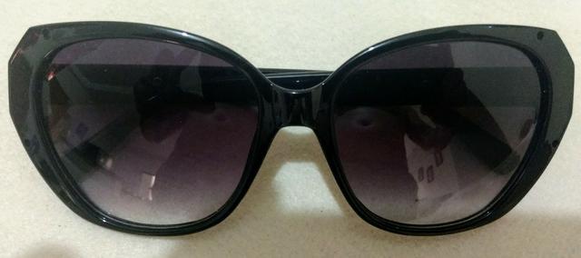 Óculos de Sol - Colares - Brincos - Anel - Bracelete -
