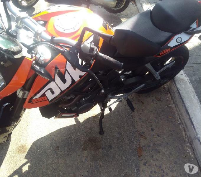 KTM Duke 200 aceito Scooters menor valor Citycom Pcx nmax