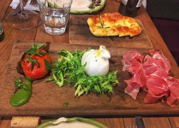 Restaurante e Bar Noturno 220 m² no Bairro Jardim - Santo
