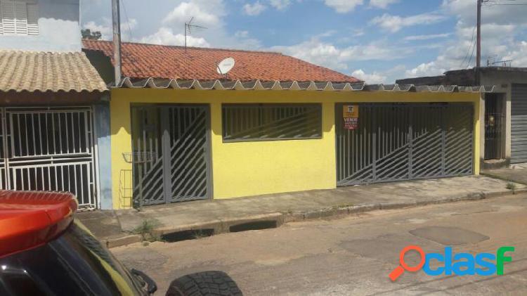 Casa com 3 dorms em Bragança Paulista - Jardim Morumbi por