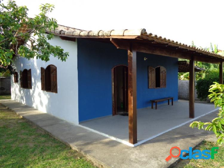 Casa próximo do centro de Araruama/RJ - Venda - Araruama -