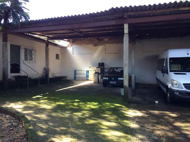 Galpão, Pompéia, 0 Quarto